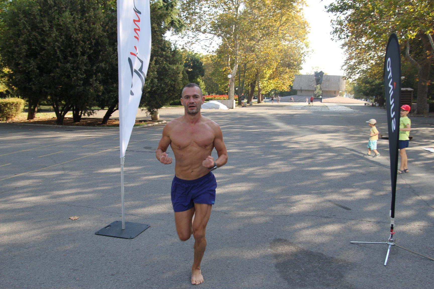 Илия Василев